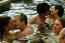 Pool kiss
